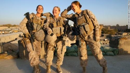 women-military